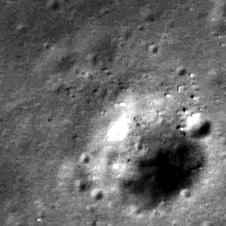 M111578606RE, Cropped
