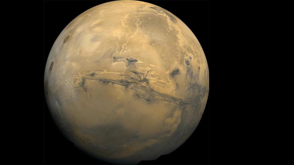 Crocus Melting on Mars, Betelgeuse changes Shape, and OLA on OSIRIS-REx not working