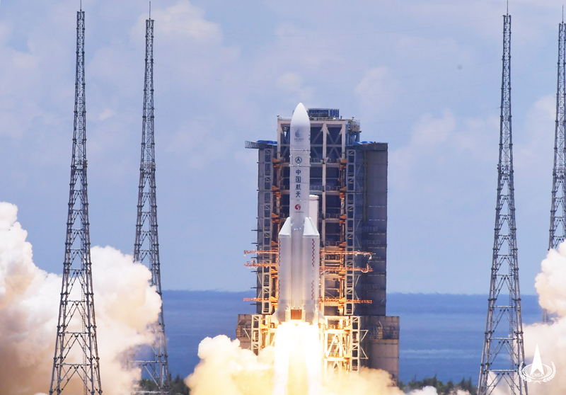 China's first Mars exploration mission probe successfully launched